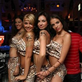 Meet lots of pretty women in Odessa night clubs
